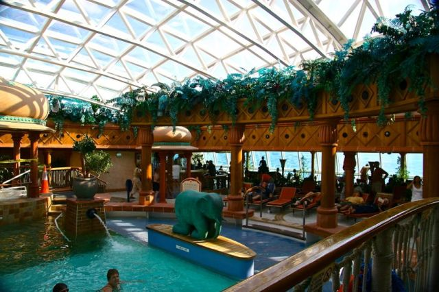 Brilliance of the Seas Adults only swimming pool