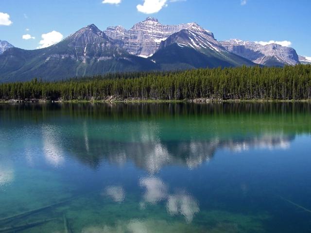 Herbert Lake, Banff NP, Canada