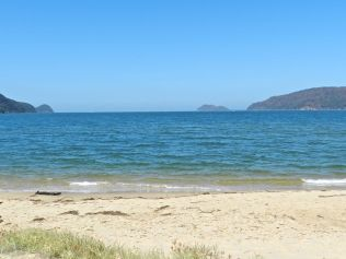 Patonga Beach overlooking Lion Island