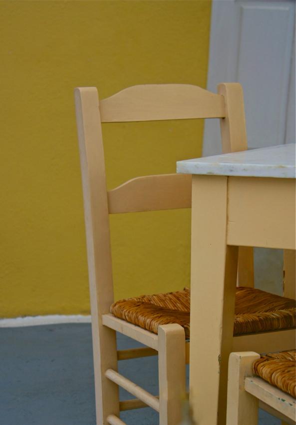 Table n Chairs, Santorini