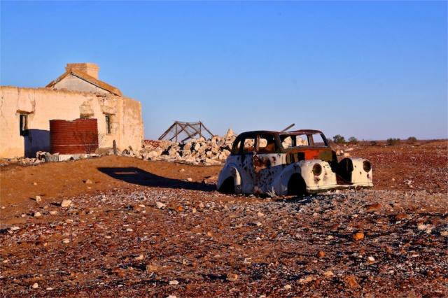 Yesteryear homestead, Gibber Desert