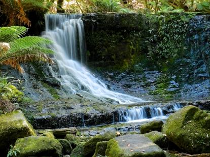 Horseshoe Falls, Tasmania, water falls