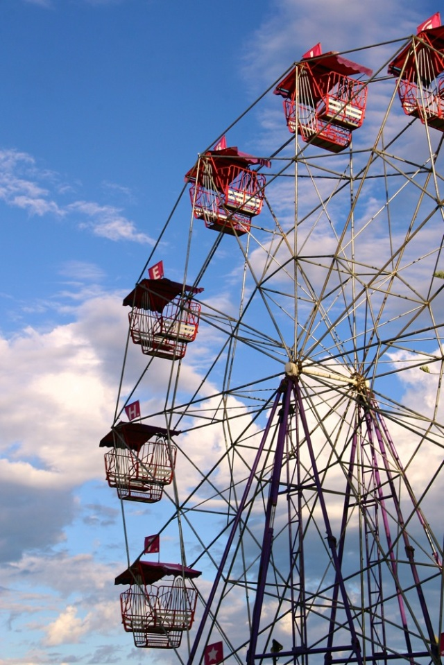 The BIG ferris wheel, Victor Harbor Fair, SA