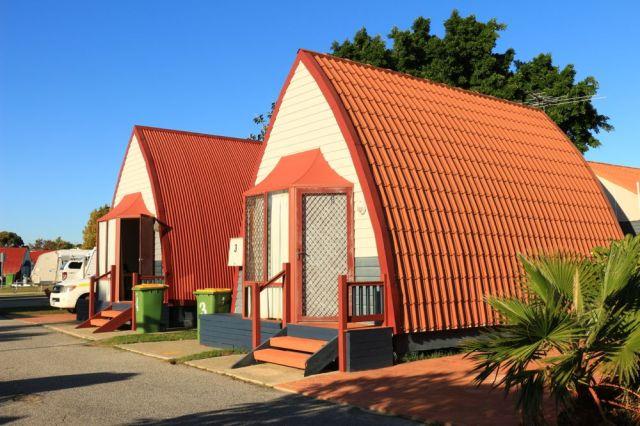 Fremantle Village Chalet